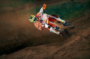 """Antonio Cairoli spiazza tutti: """"Nel 2016 lascio il motocross e vado a correre in…"""""""